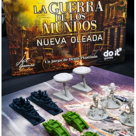Miniatures for table game War of the Worlds from Do It Games