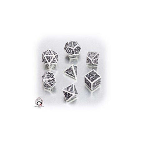 Dices in box